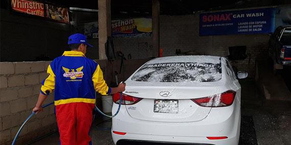 Whinsthon lavado automotriz en Cajamarca Perú